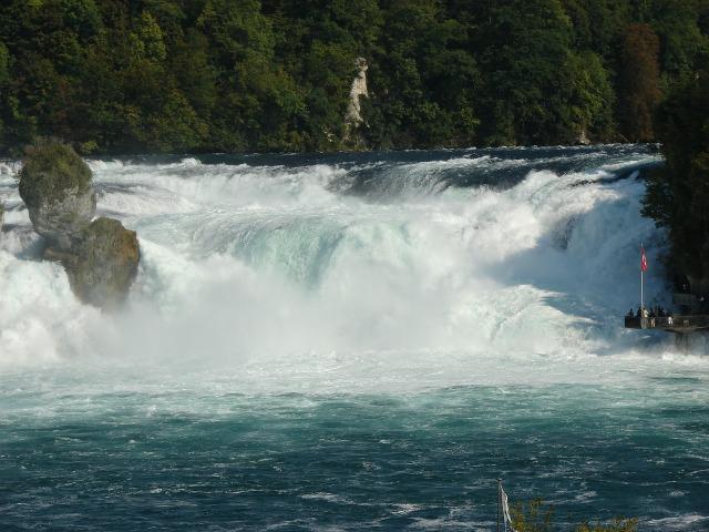 rhine-falls-490918_1280