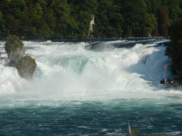 rhine-falls-490918_1280