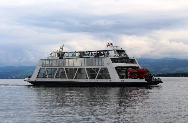 ferry-405146_1280